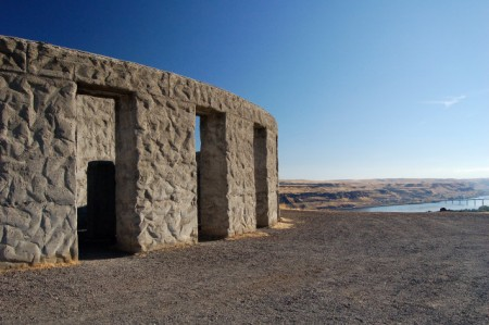 maryhill-stonehenge-war-memorial