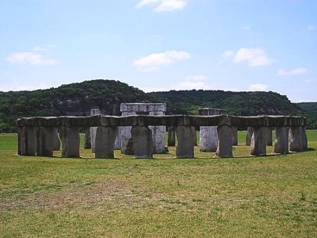 stonehenge-iia