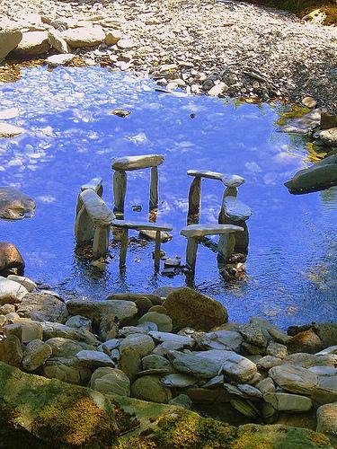 water-stonehenge