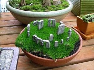 miniature Stonehenge garden by Two Green Thumbs Gardens