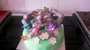 Littlest Pet Shop/Stonehenge cake, photo used with permission